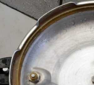 how to safely open a pressure cooker