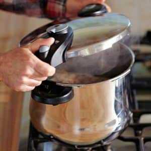 Fagor Futuro Pressure Cooker (6 & 10-quart)