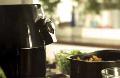 GoWISE USA GW22621 Electric Air Fryer VS Philips Viva Airfryer HD9220