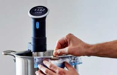 Anova Sous Vide Precision Cooker vs Anova Culinary Bluetooth Sous Vide Cooker