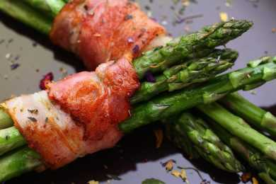 Instant Pot Bacon Wrapped Asparagus