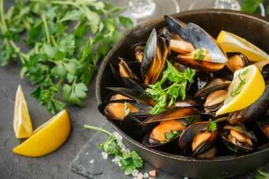 Instant Pot Lemony Mussels