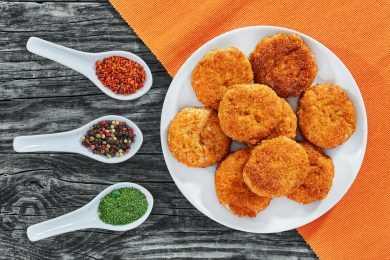 Instant Pot Mediterranean Chicken Cutlets