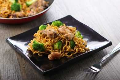 Instant pot Chowmein
