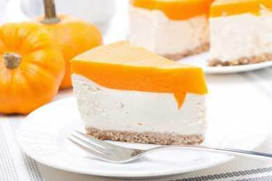 Instant Pot Pumpkin Bourbon Cheesecake