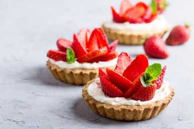Instant Pot Rhubarb Strawberry Compote Tarts