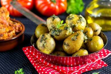 Instant Pot Steamed Baby Potatoes