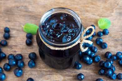 Instant Pot blueberry jam using honey