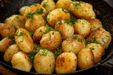 Instant Pot Salt And Pepper Baby Potatoes