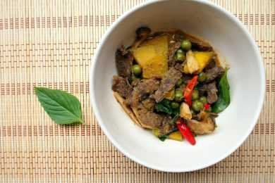 Instant Pot Indian Beef & Pumpkin Curry