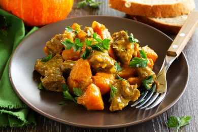 Instant Pot Indian Beef and Pumpkin Curry