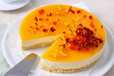 Instant Pot Mango & Ginger Cheesecake