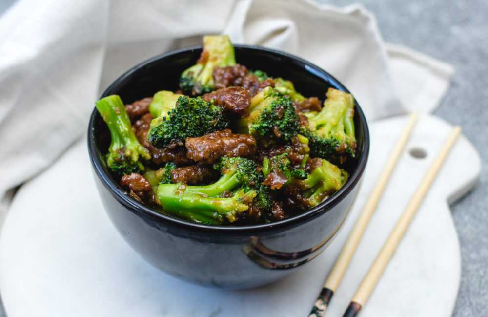 Instant Pot beef and broccoli easy pressure cooker dinners