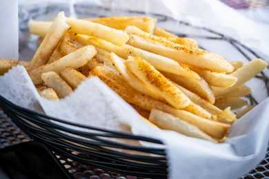 Fries with the Air Fryer Lid