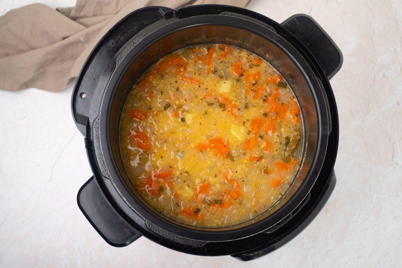 Instant pot split pea soup-4