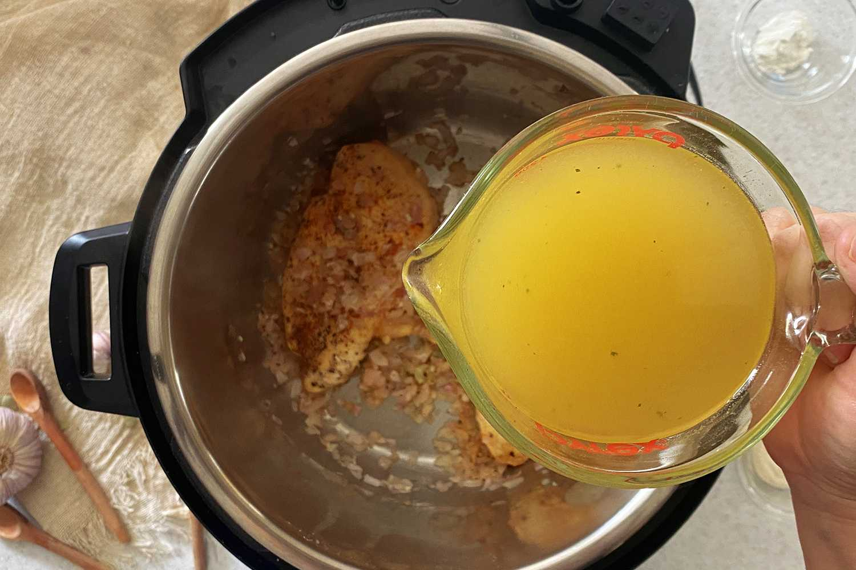 Instant Pot Chicken Paprikash