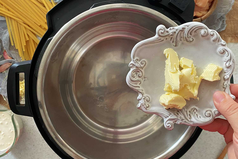 Instant Pot Fettuccine Alfredo